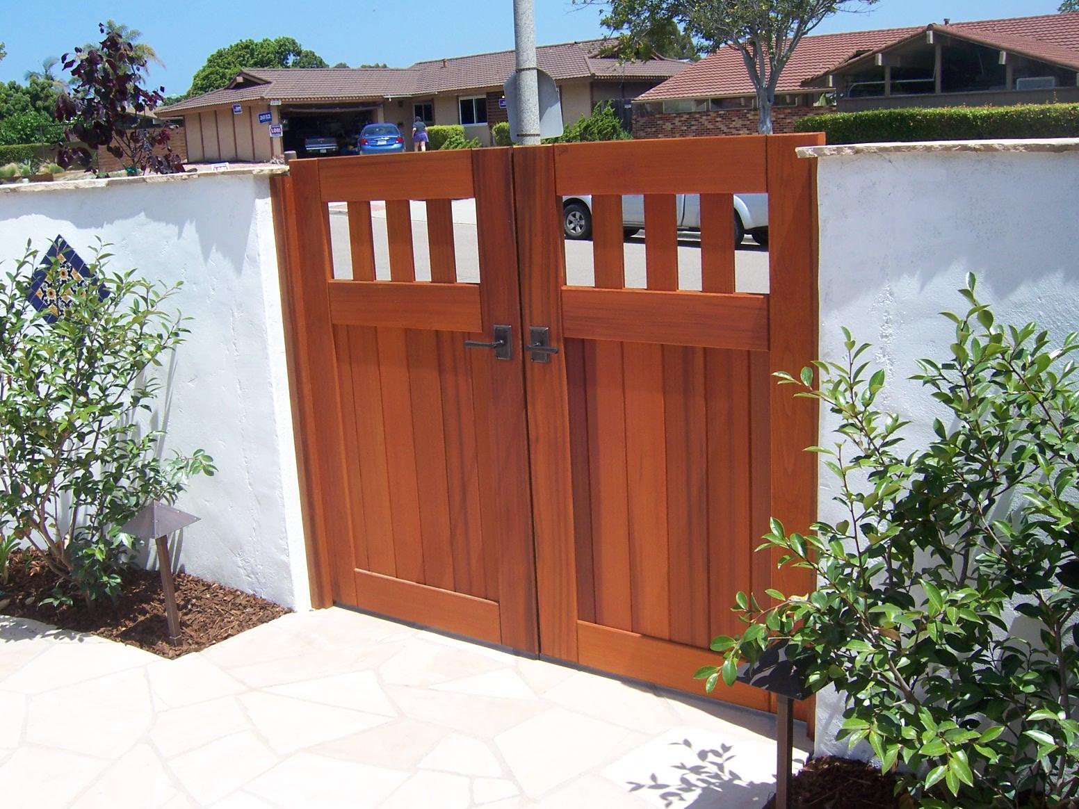 The 2 Minute Gardener Photo Wooden Garden Gates