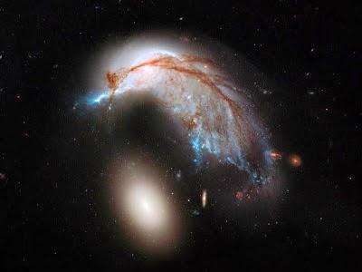 Galaksi Berbentuk Pinguin Serta Telur Ditemukan