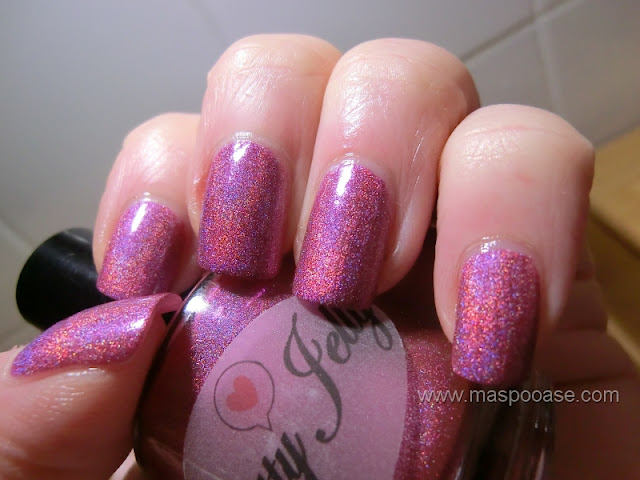 Pretty Jelly Glamorous Thief Bullet Rouge Review
