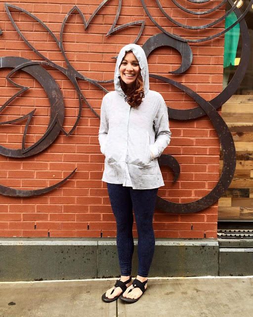 lululemon-sun-showers-jacket-gray