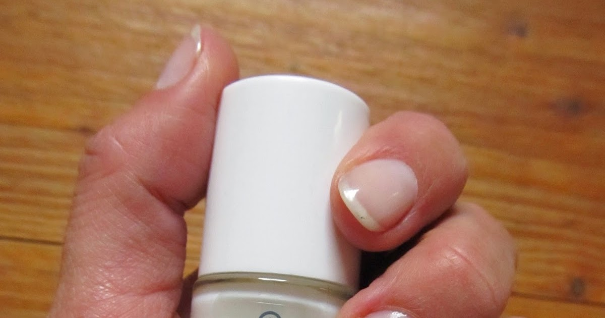 Super Easy Nude Manicure: Essence Studio Nails Hardening Nail Base ...