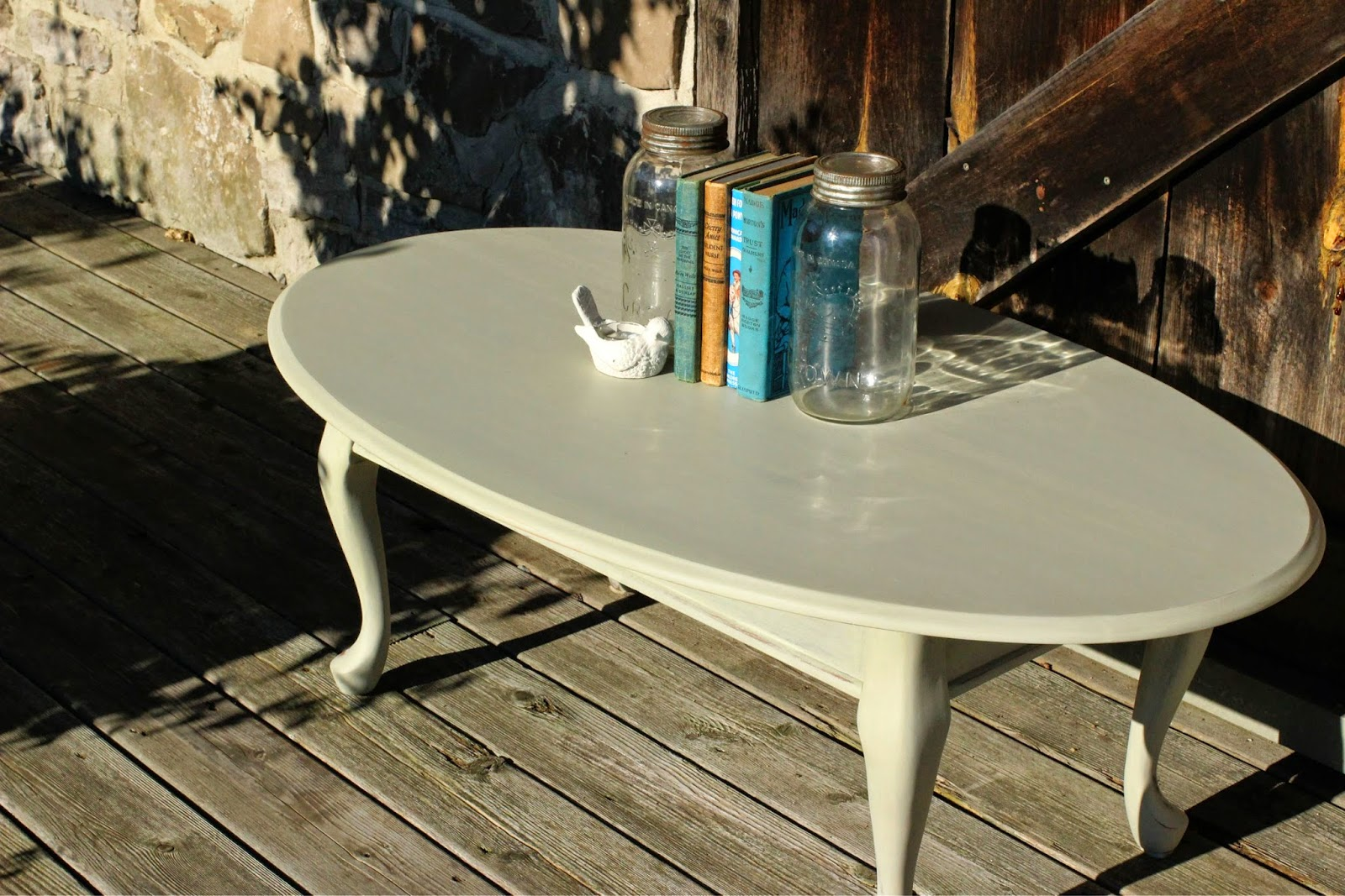 Laurel 39 s attic queen anne coffee table sold for Coffee tables 16 inches high