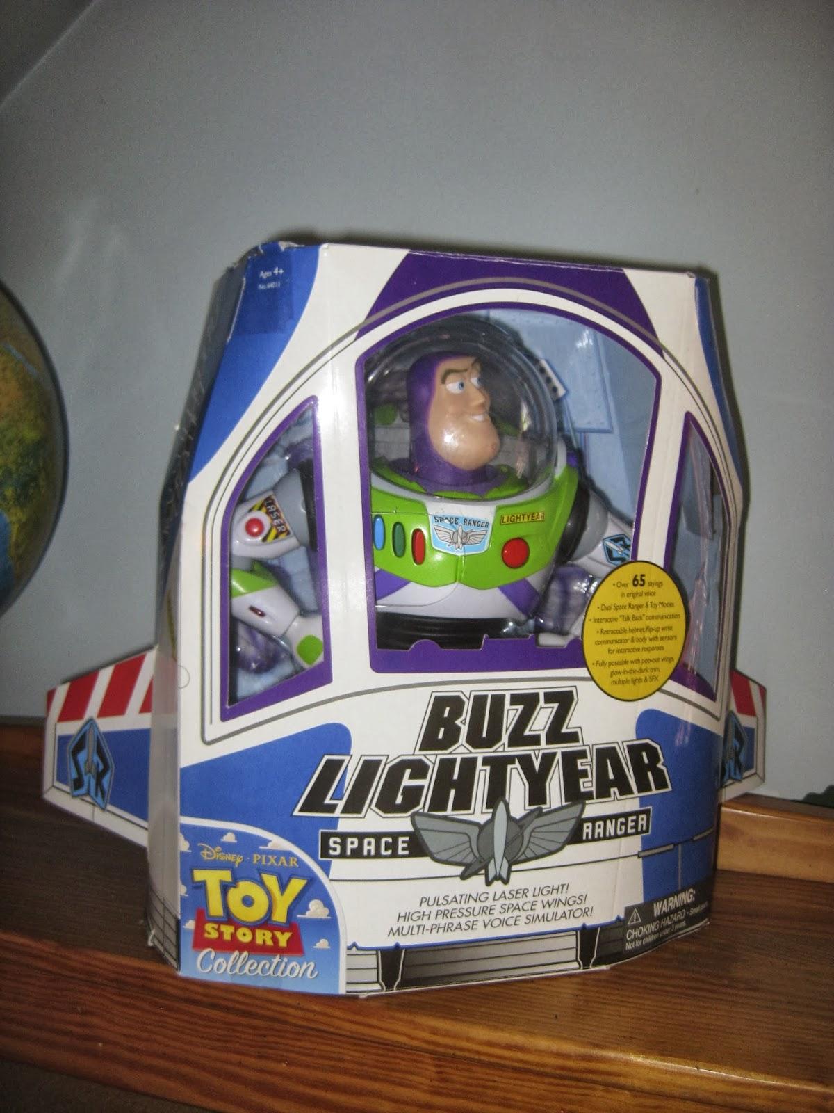 how to make buzz lightyear spaceship box