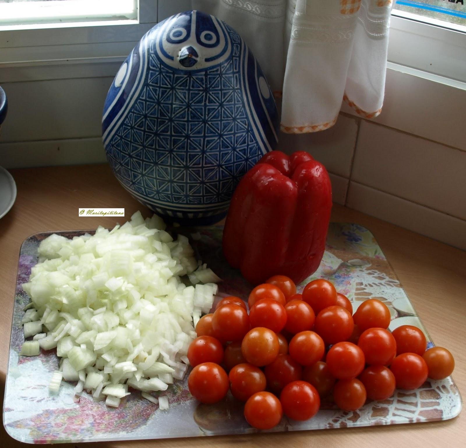 Cocinar es vivir y bordar tambi n tarta de tomatitos for Cocinar 180 grados