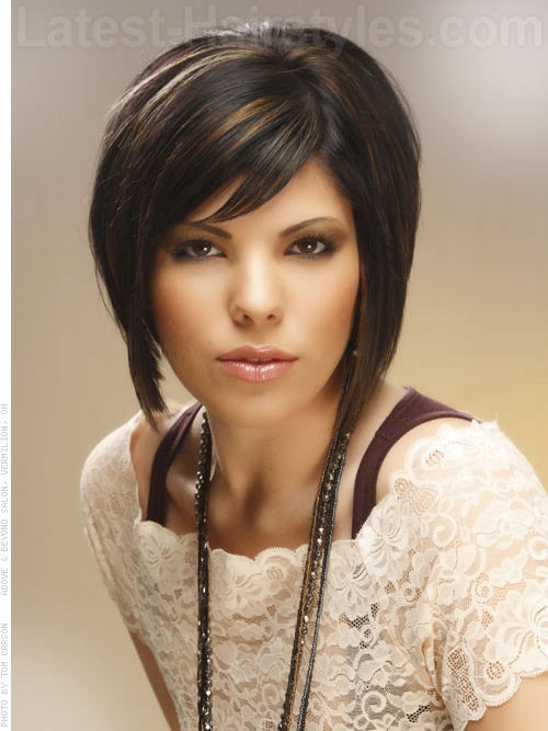 model potongan rambut bob panjang wanita