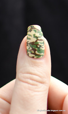 OMG Nail Polish Strips Camouflage