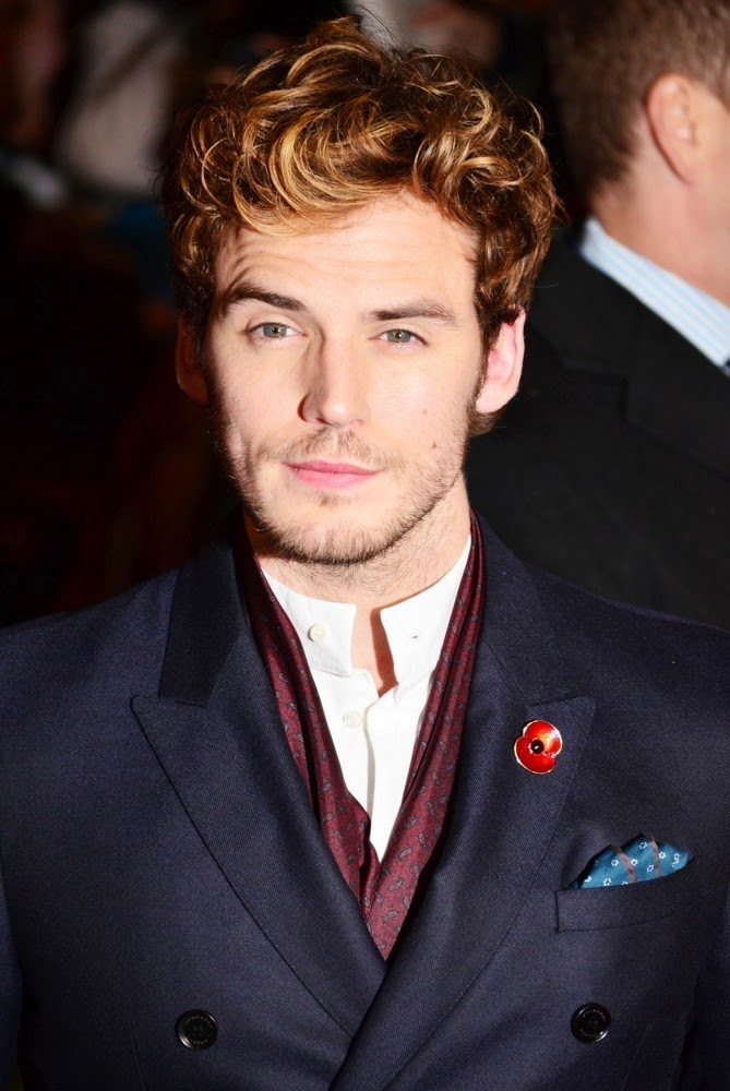 English Television Star Sam Claflin Shirtless On red carpet