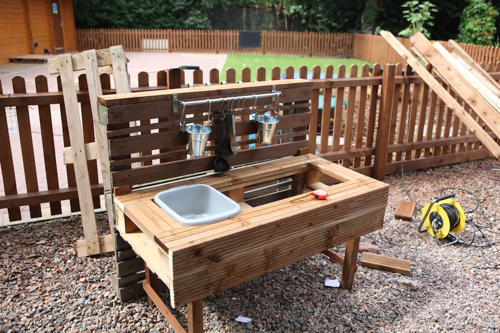 The making of the mud kitchen | Fazeley Pre-school