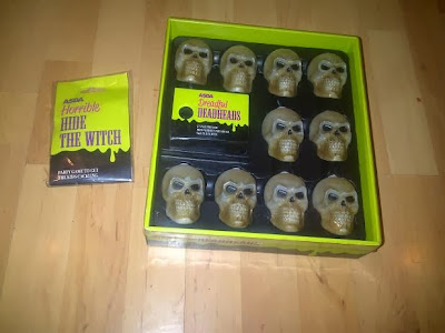 the musical light up skull lights is my number one favourite item from this years halloween range at asda when opening the box you are greeted with 10