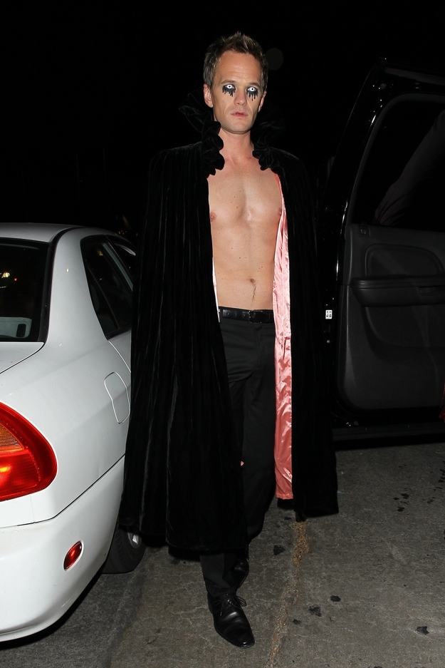 Amazing Celebrities 2012 Halloween Costumes At Parties!
