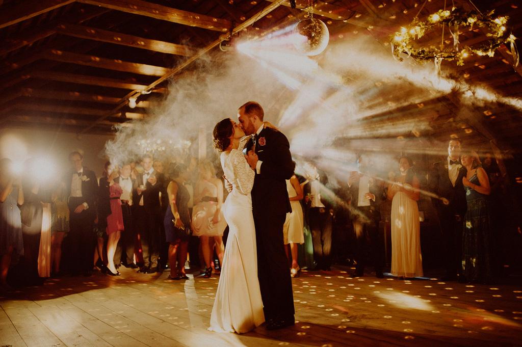 Albert och Mahsa | Bröllop i Örebro | Dans