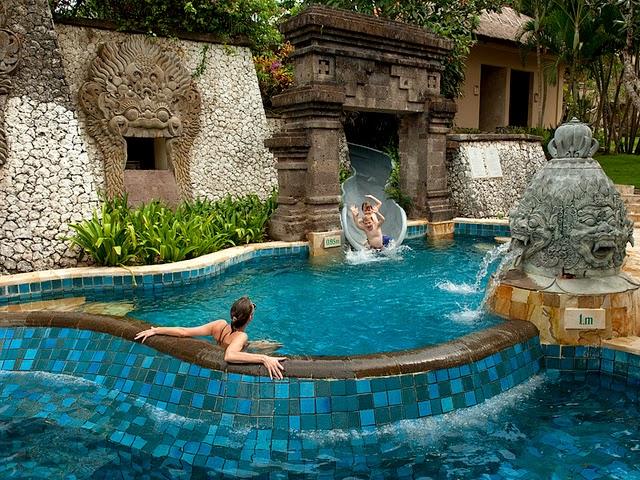 kolam renang ayana resort