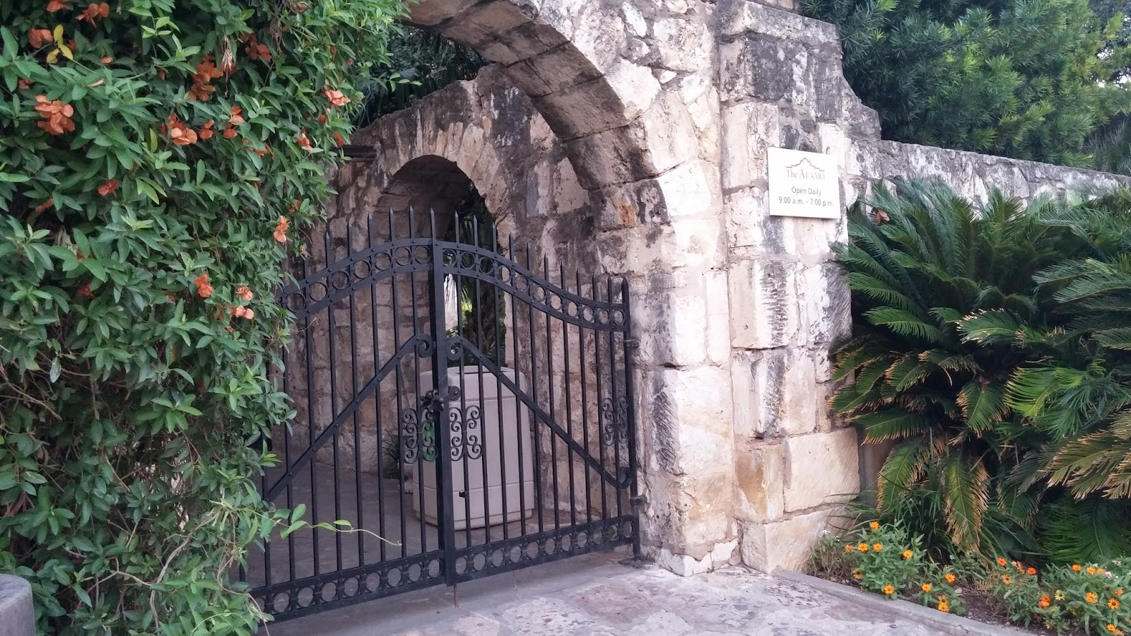 Colonial Quills: Colonial Texas History: the Alamo