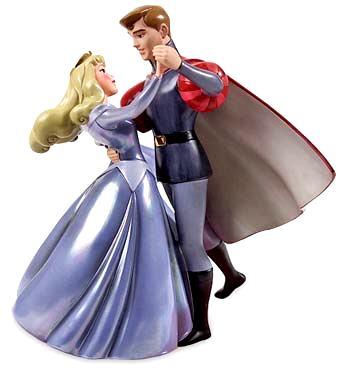 La Bella durmiente bailando con su príncipe