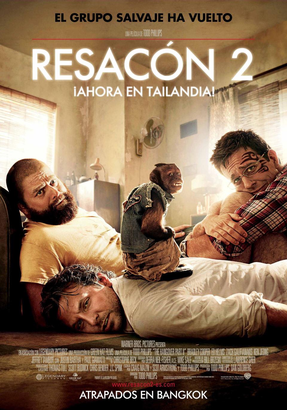 Cartel de Resacón 2 ¡Ahora en Tailandia! protagonizada por Bradley Cooper, Ed Helms y Zach Galifianakis