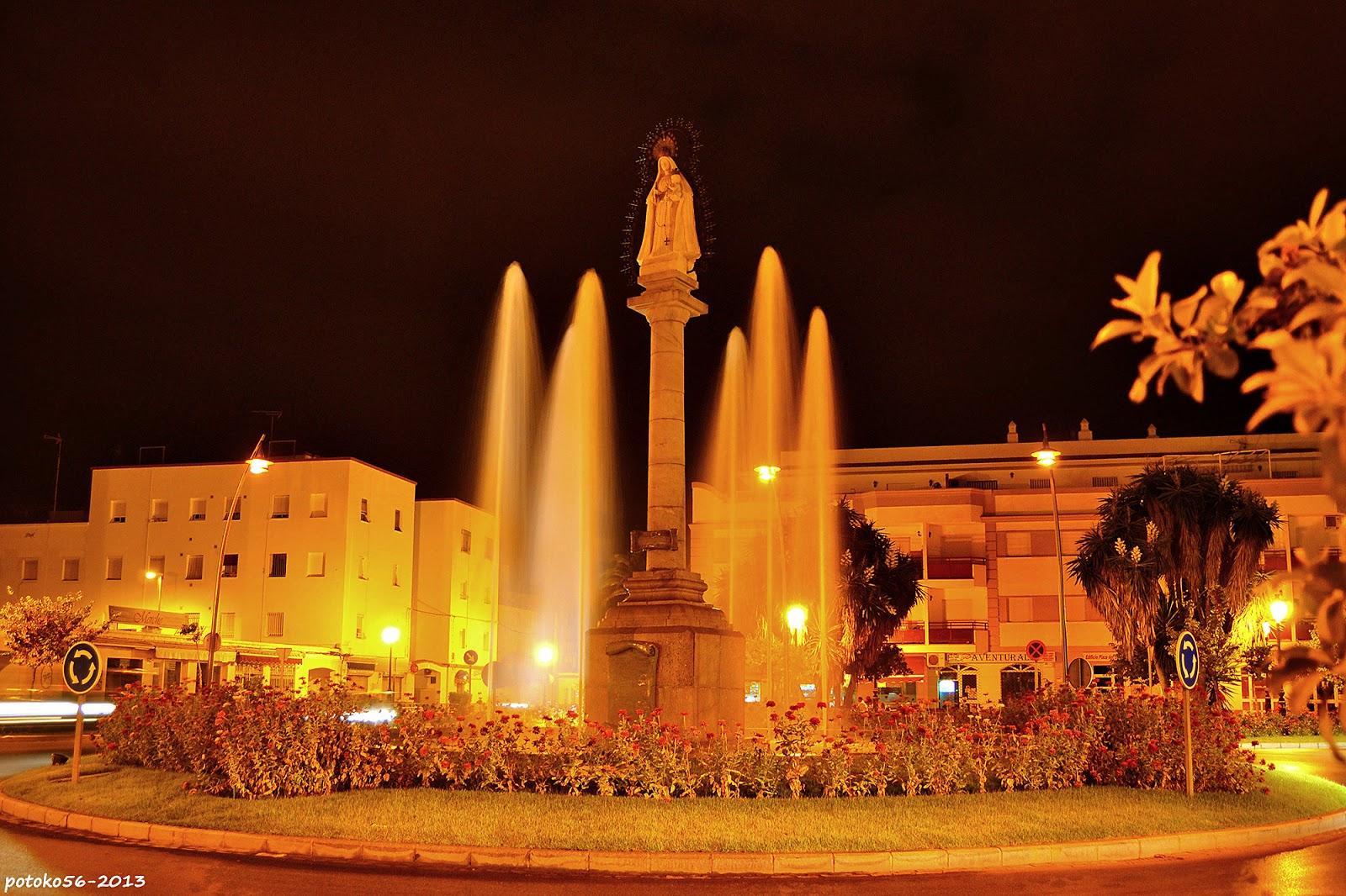 Fuente de La Plaza del Triunfo Rota
