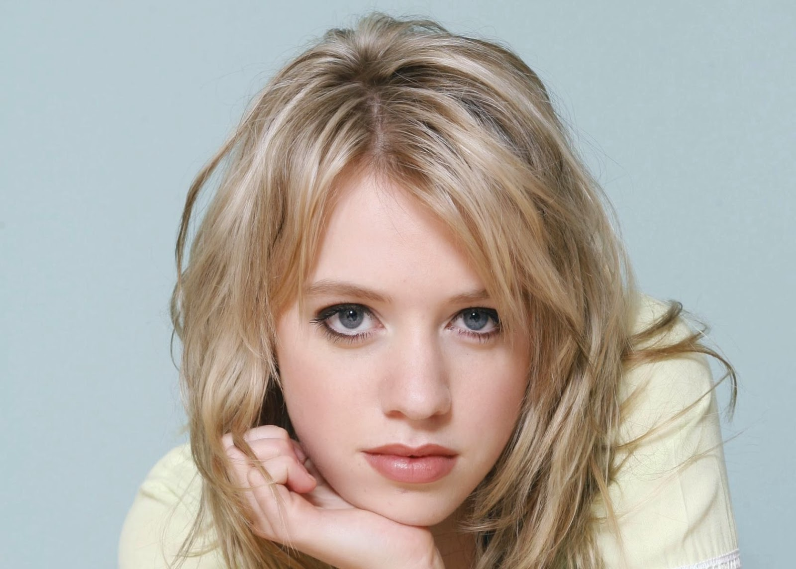 Alexz Johnson Wallpapers Free Download