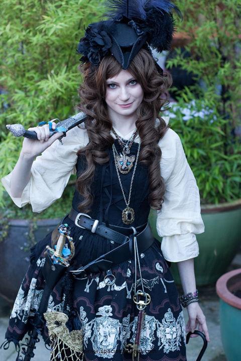 Suite d'images Pirate-lolita128940287670252