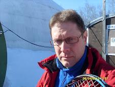 Tenniksen alkeiskursseista suurin osa kuplahalleissa. Kesäkausihan on loppujen lopuksi melko lyhyt