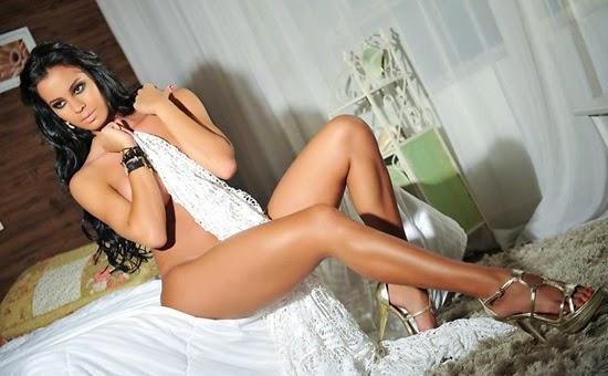 Lorena Bueri - foto 6