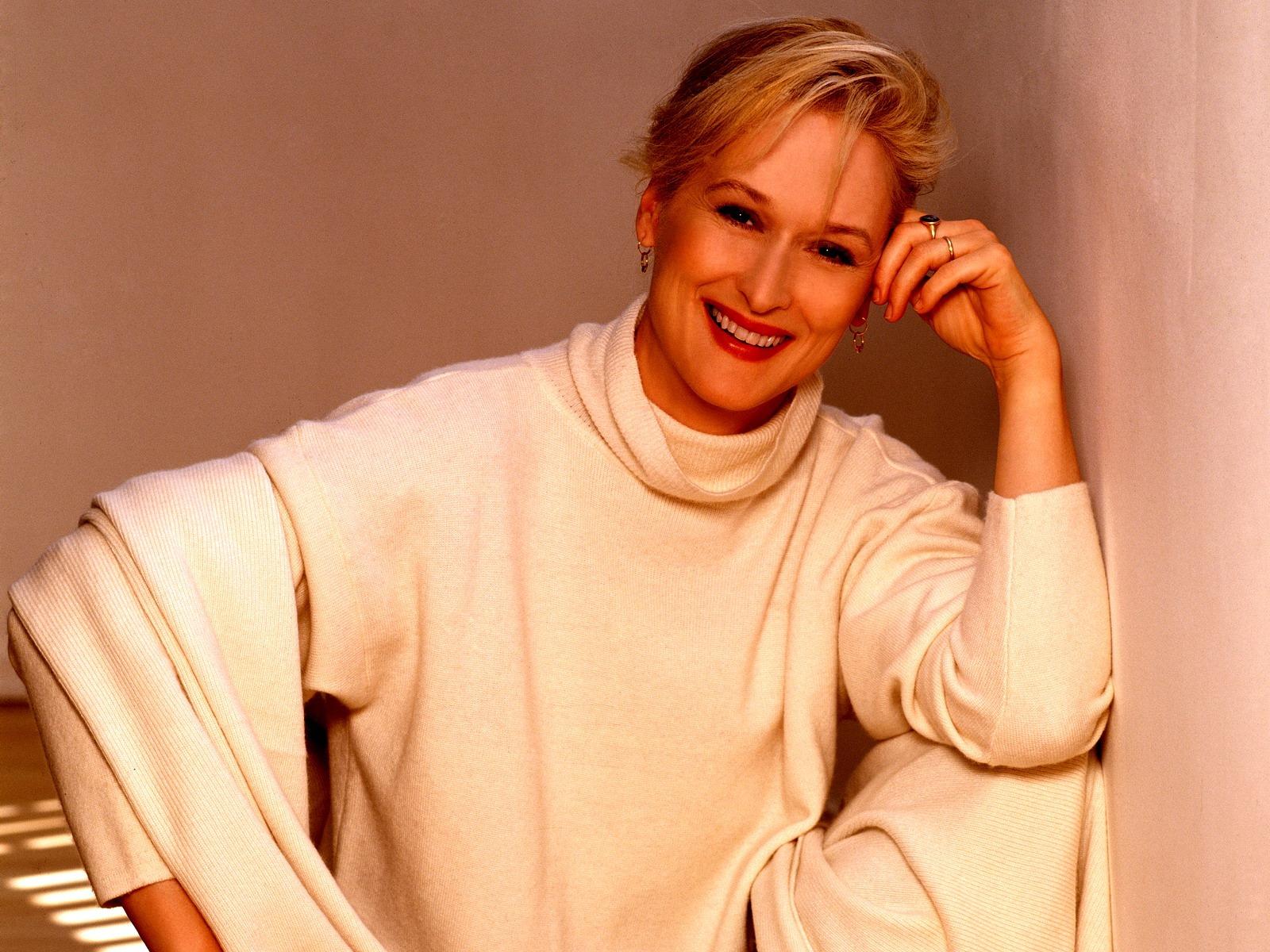 http://3.bp.blogspot.com/-B5fbKYRerlQ/UUG63Cvjj_I/AAAAAAAA284/m4SB-N3HAQw/s1600/Meryl-Streep-in-white.jpg