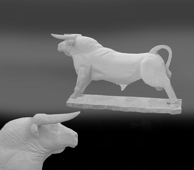 Ómega o touro branco uma escultura em pedra (granito) dura para Aldeia Velha