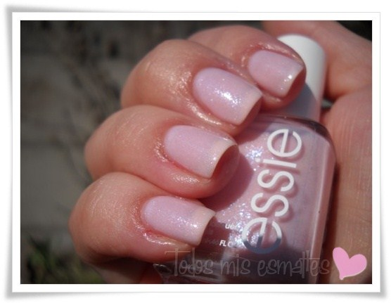 Pink-a-boo-Essie