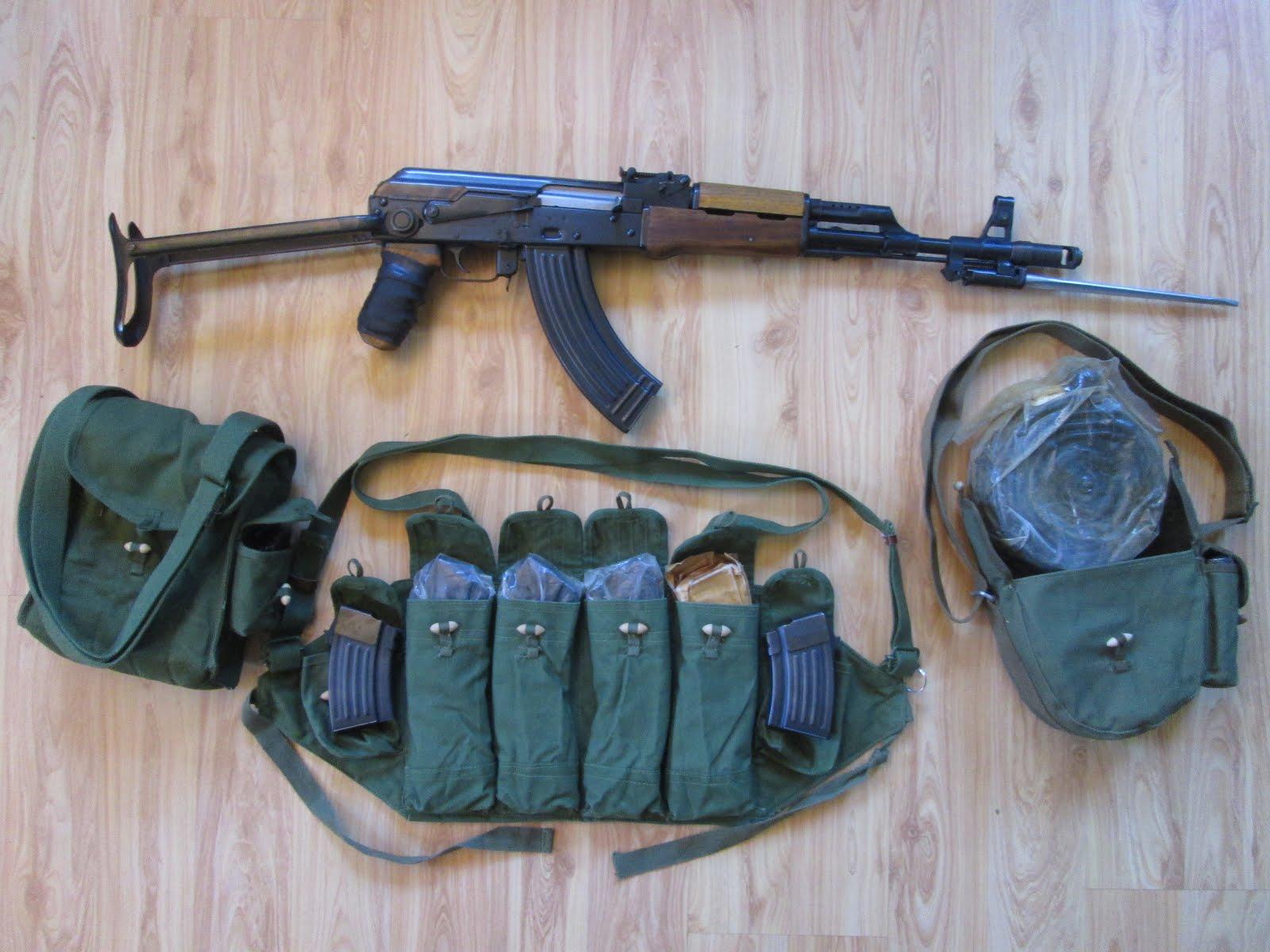 Double Under-folder, AK-47S