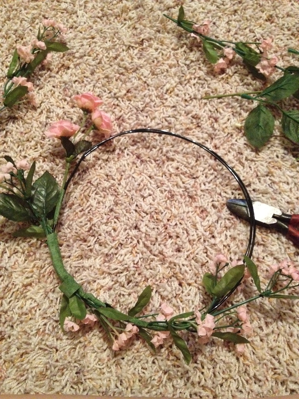 Speak low craft post flower crowns i was inspired randomly to make a flower crown so i used delightfully tacky diy httpdelightfully tacky201202diy faux flower crownml for izmirmasajfo