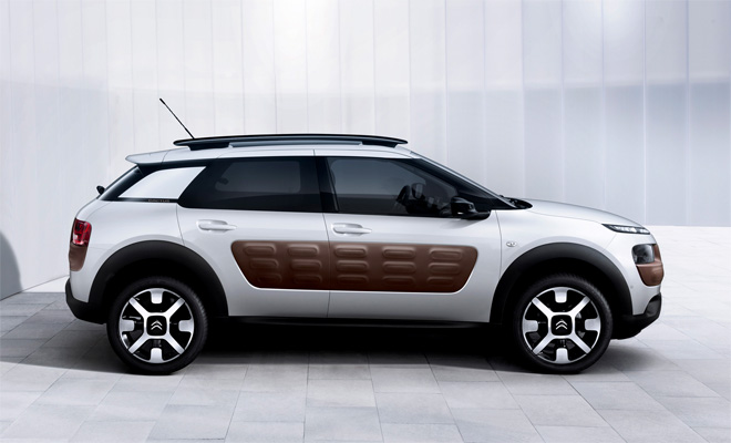 2014 Citroen C4 Cactus side view