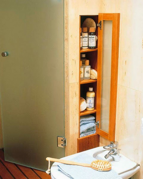 31 creative storage ideas for a small bathroom diy craft for Clever bathroom ideas
