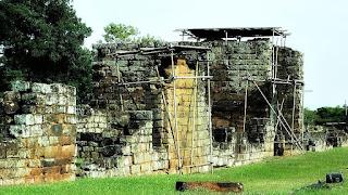 Ruínas do Sítio Arqueológico de São Miguel Arcanjo, em São Miguel das Missões.