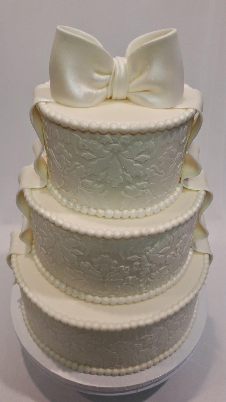 MyMoniCakes 3 Tiered Ivory Stencil Wedding Cake