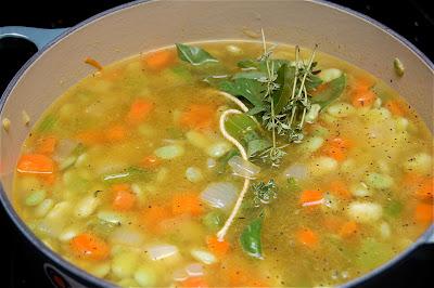 Stewed Butter Beans | www.kettlercuisine.com