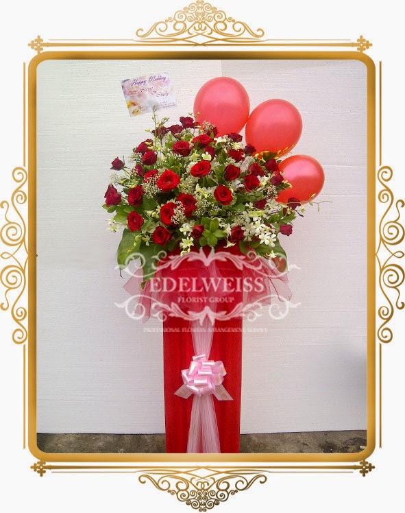 bunga standing ucapan selamat ulang tahun