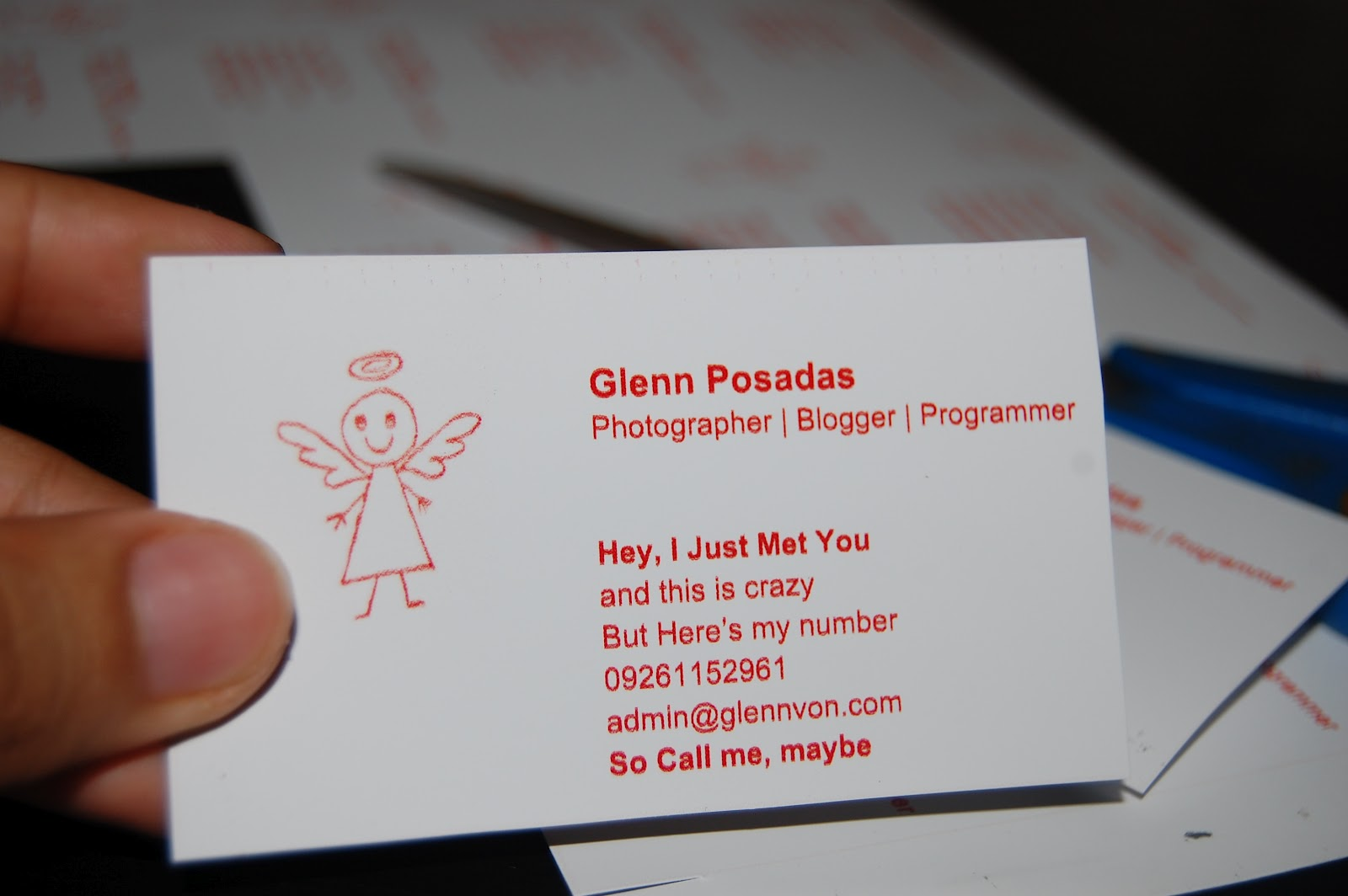 Glenns space free easy business card online maker making business and calling card online has never been this so easy just go to httpdegraevebusiness cards and enjoy making your own business reheart Image collections