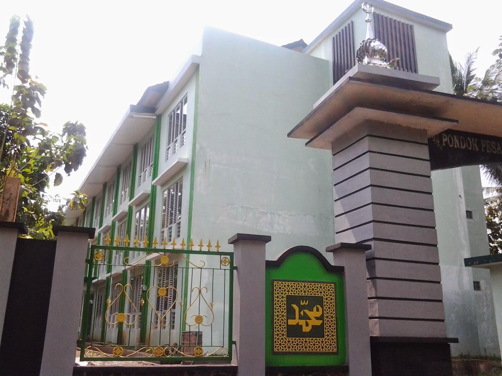 Gedung Ponpes Dari Depan