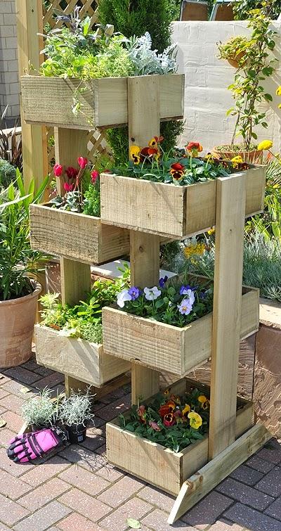 Ma maison au naturel une palette pour un jardin vertical - Jardin suspendu palette ...
