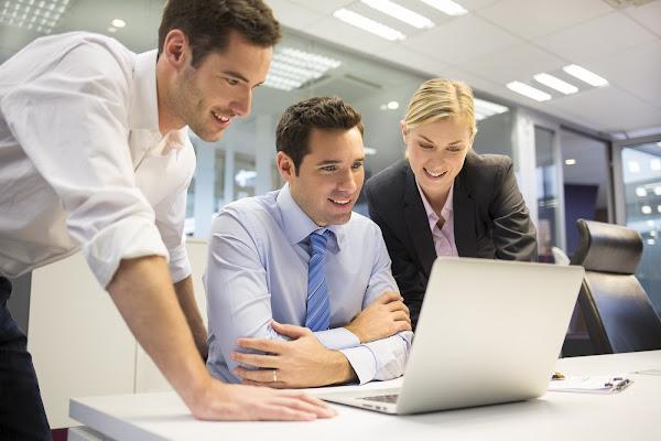 Cursos gratis de administración, finanzas, marketing y negocios