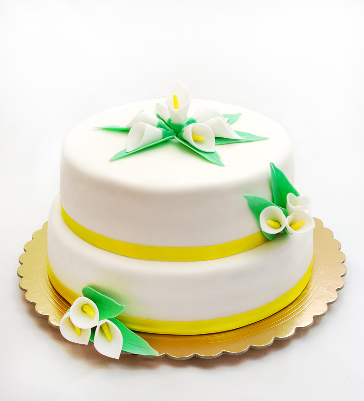 Wedding cake Calla lily front