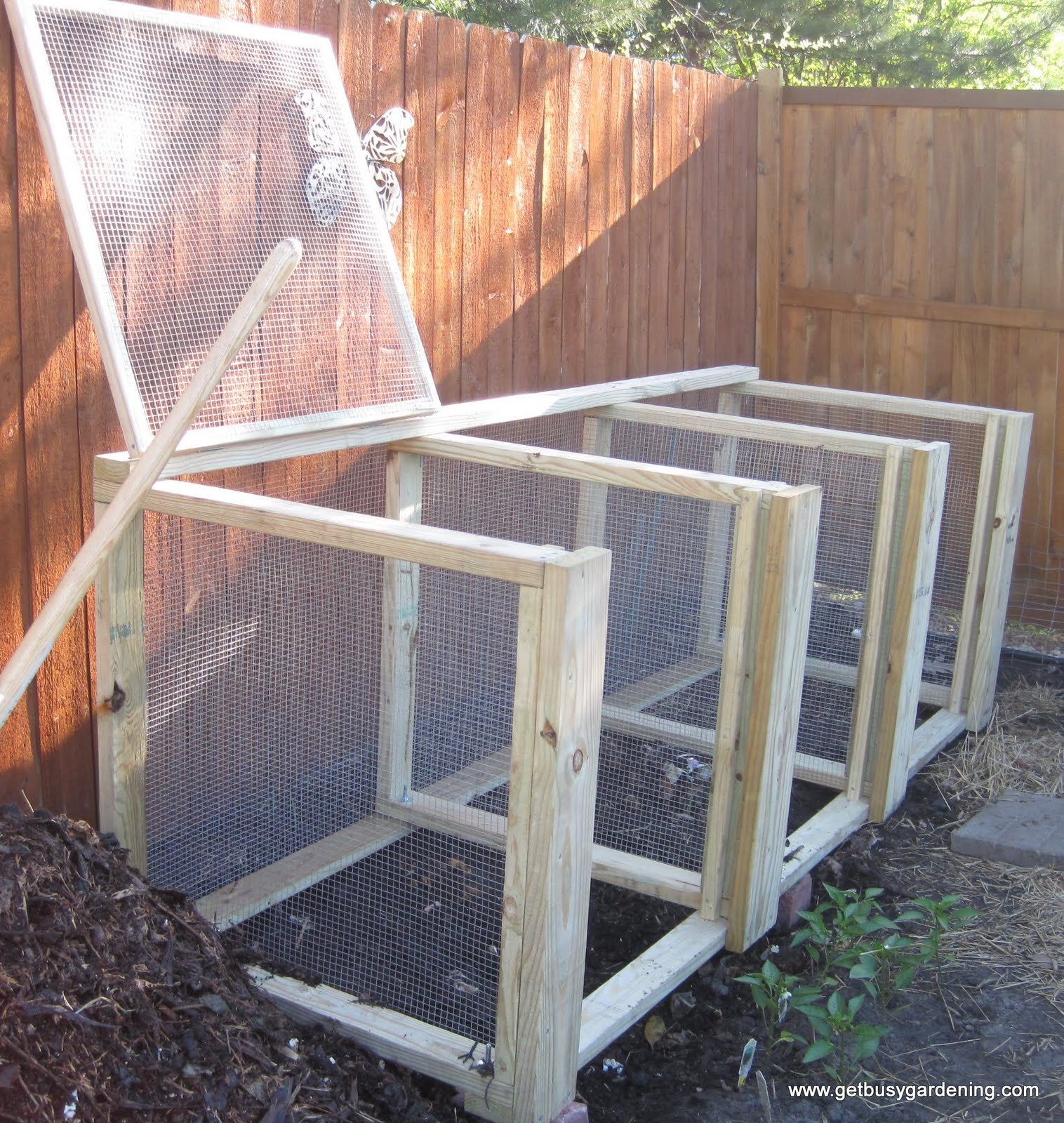 Weekend project large compost bin get busy gardening for Project weekend