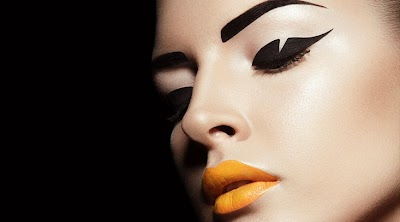 Perfect eyebrows: fashion trends
