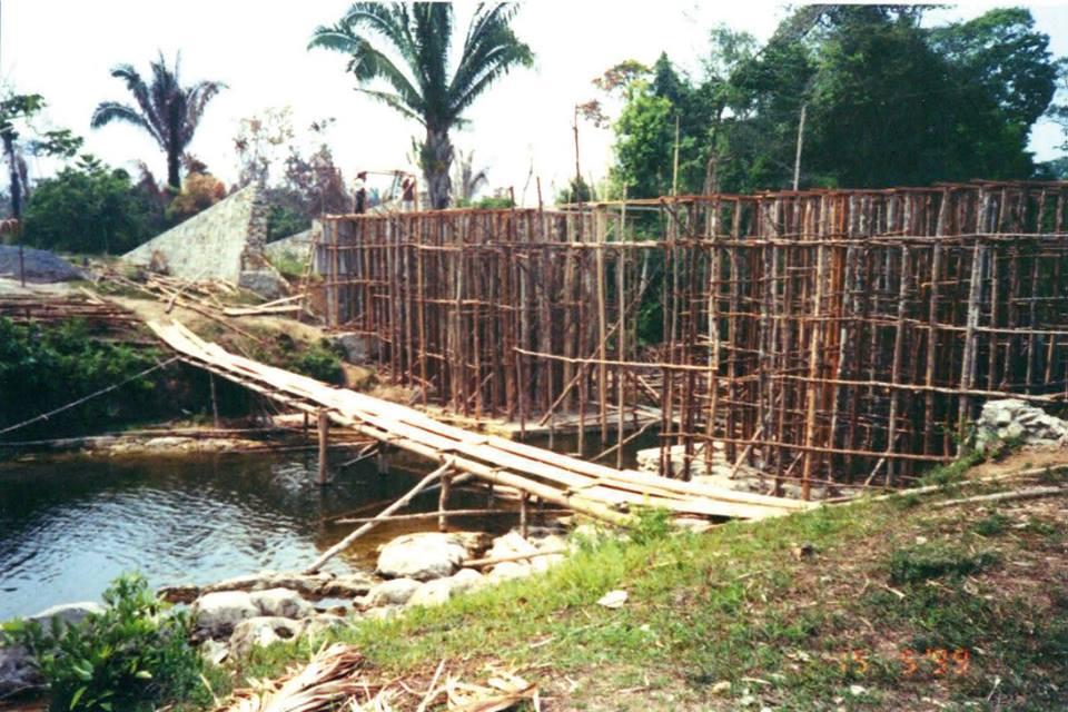 Construction du pont de Sétoc