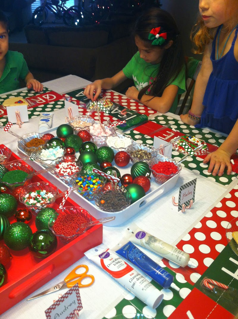 Cookie decorating party ideas - 5 Tips For Hosting A Holiday Cookie Decorating Party For Kids