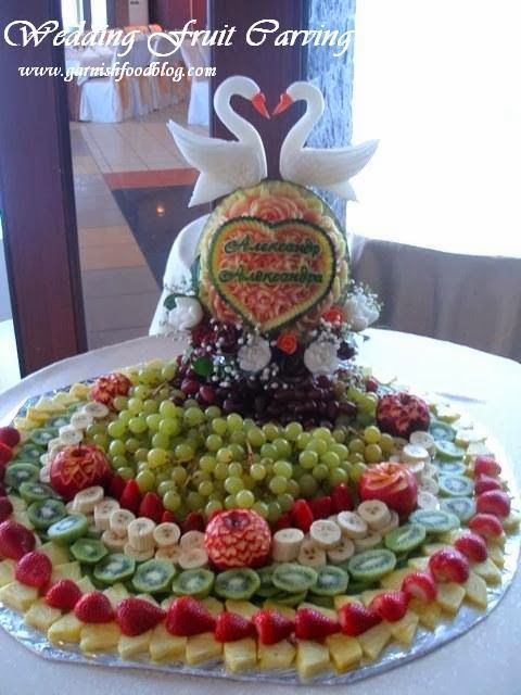 watermelon carving with birds