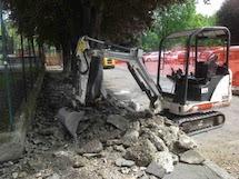 Lista Rossa: Al via il rifacimento del marciapiede dissestato di via Tortona