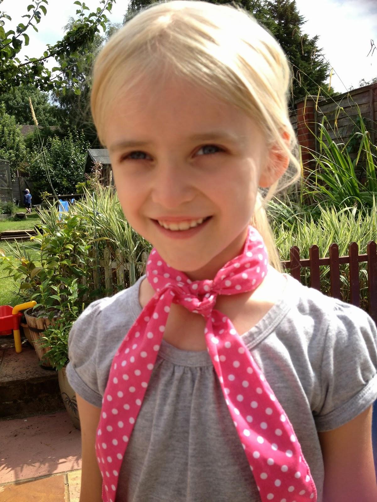 girl modelling gel filled menopause scarf