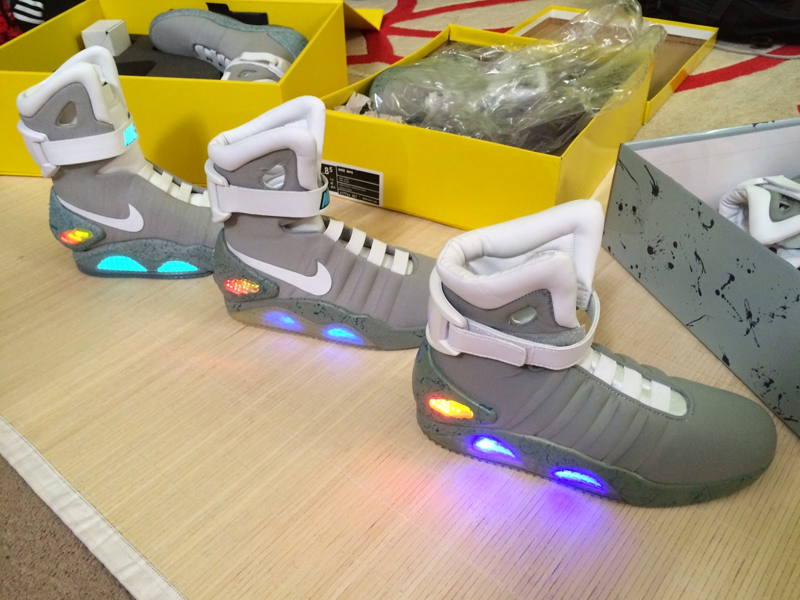 Cheap nike air mag china - Light Them Up