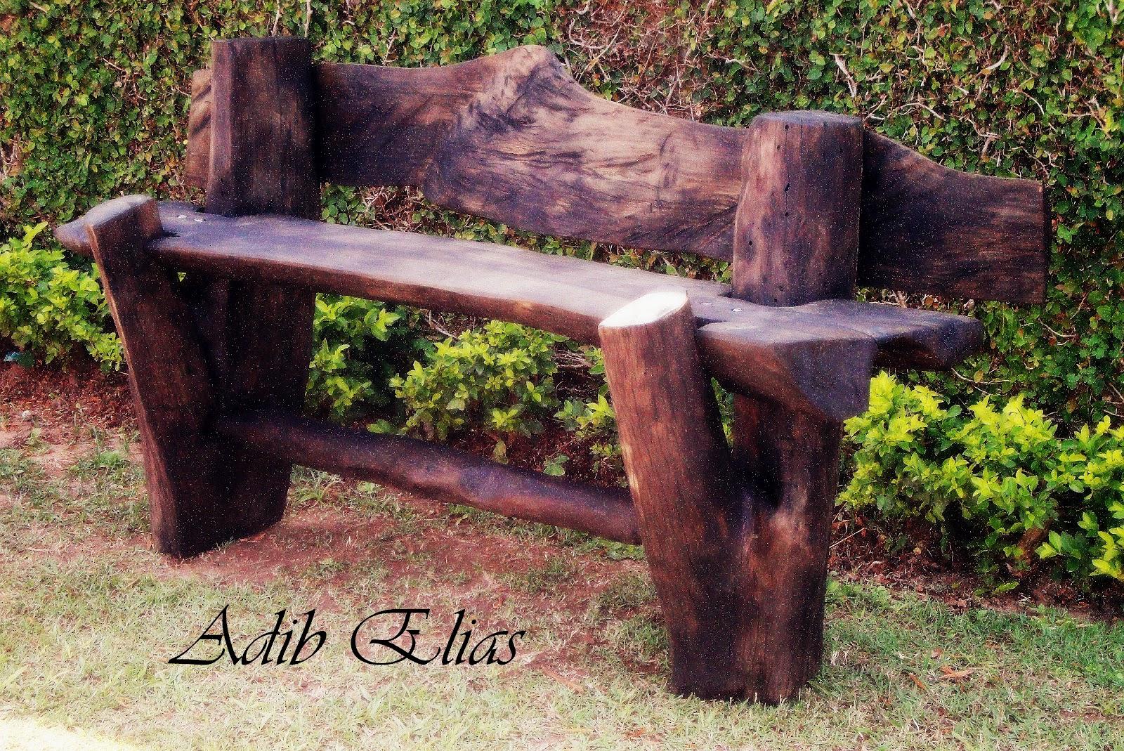 Bancos rústicos para jardins feitos em madeira reciclada #9CA229 1600x1069