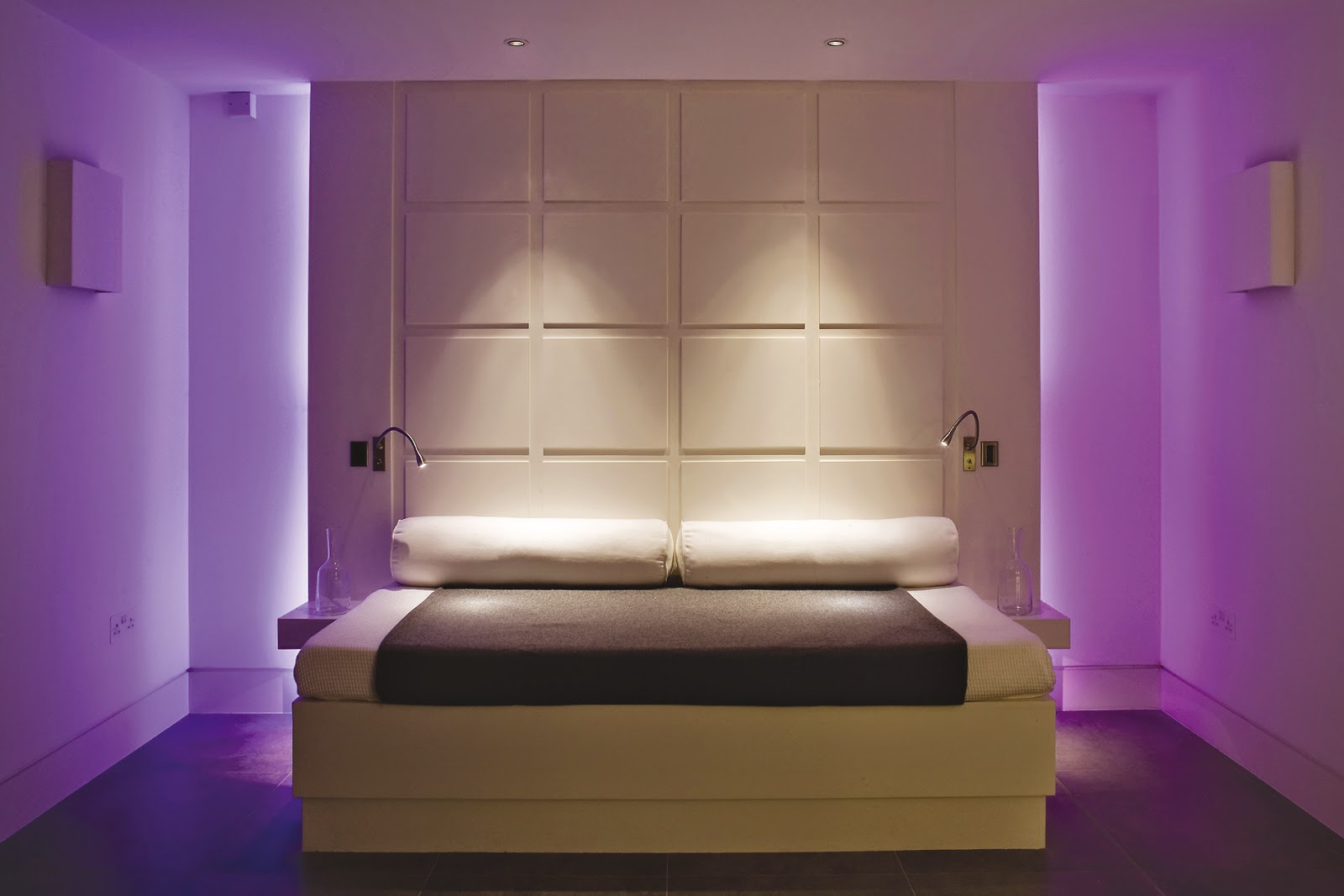 Foundation dezin decor wall washer lights for Cool lamps for bedroom